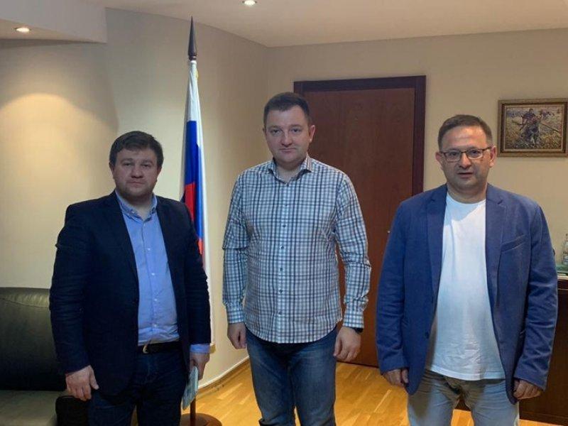 ФНПР и Росмолодежь подписали соглашение о сотрудничестве